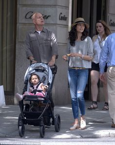 Family day: Bruce Willis spent Monday wandering around New York with wife Emma Hemming and daughter Mabel A Good Man, The Man, Emma Heming, Hard Men, Bruce Willis, Family Day, Celebrity Couples, Fashion Pictures, In Hollywood