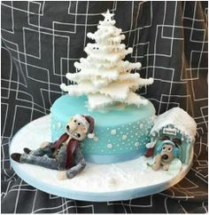 Check out Vicki's entry in our Winter Decorating Contest: Wallace and Gromit Winter #Cake! Re-pin to vote for her entry and help her win a free decorating session at our studio! #cakestar