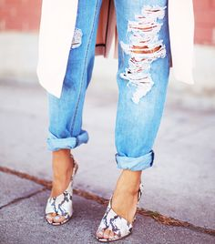 These shoes are amazing and I want them. @Who What Wear - #TuesdayShoesday: Shop Our Favorite Snake-Print Shoes