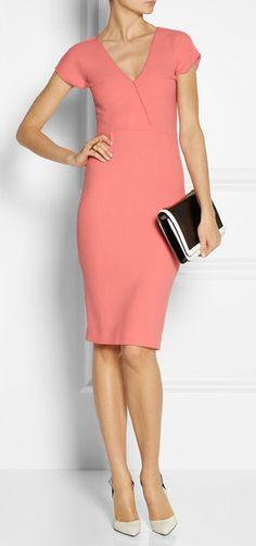 Elegant Dress http://rstyle.me/n/ejhsvr9te