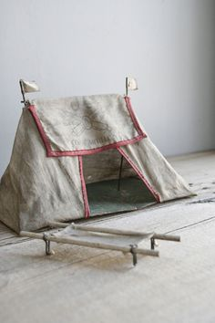 1930s toy tent with cot. from oh albatross