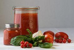 Fresh Tomato Sauce, Pronto! Plum Tomatoes, Heirloom Tomatoes, Cherry Tomatoes, Fresh Tomato Sauce Recipe, Homemade Sauce, Marinara Sauce, Spaghetti Sauce, Tomato Paste, In The Flesh
