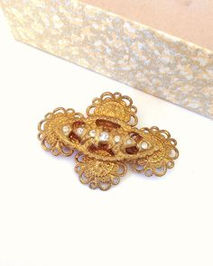 Vintage Gold Tone Filligree and Rhinestone by MyVintageSupplies