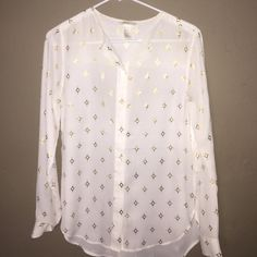 H&M blouse Only worn a few times H&M Tops Blouses
