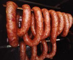 Kiełbasa Swojska Czosnkowa – Blog kulinarny Venison Sausage Recipes, Homemade Sausage Recipes, Kielbasa Sausage, Smoking Meat, Sauce, Charcuterie, The Cure, Grilling, Dinner