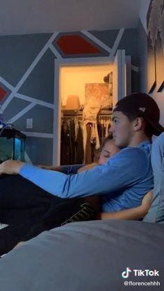 Boyfriend Goals Relationships, Relationship Goals Pictures, Couple Relationship, Cute Couple Videos, Cute Love Couple, Cute Couple Pictures, Cute Couples Kissing, Cute Couples Goals, Romantic Couples