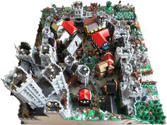 Blue Crown's Castle siege: A LEGO® creation by Vladimir van Hoek : MOCpages.com