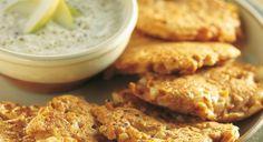 Frittelline di patate dolci con salsa al cren | Ricette leifoodie