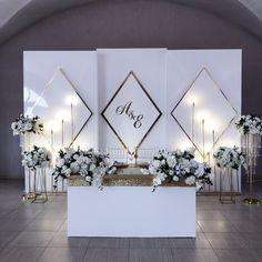 Sweetheart Table Backdrop, Wedding Stage Backdrop, Wedding Backdrop Design, Wedding Stage Decorations, Backdrop Decorations, Wedding Mandap, Wedding Receptions, Science Wedding, Wedding Background