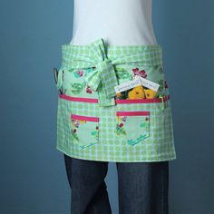 Garden Craft or Vendor Apron with Amy Butler Fabric by pamwares