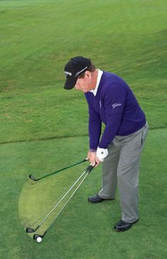 Don't Freeze: In addition to waggling the club, you should waggle with your feet.