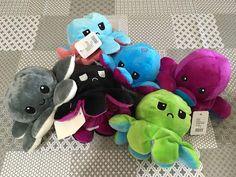 Pinkbagoly: A plüss polipok újra elérhetőek! Octopus, Plush, Lily, Orchids, Calamari, Lilies, Sweatshirts, Diving Regulator, Squidbillies