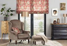 Obývacia izba s krásnym kvetinovým rímskym tieňom. Crochet Top Outfit, Lounge Seating, Lounges, Half Double Crochet, Amigurumi Patterns, Valance Curtains, Pattern Design, Crochet Hats, Blanket