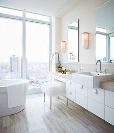 Nous avons découvert le secret d'un réveil tout en douceur! Voyez 20 magnifiques salles de bain qui feront de vous une personne matinale.