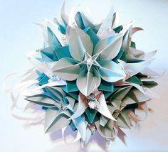 3d origami Electra kusudama with Carambola flowers
