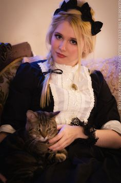 Poppy and her cat