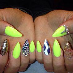 Nail Art Stiletto nails neon
