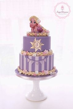 Probably one of my favorite Rapunzel Cakes out there. Rapunzel Torte, Bolo Rapunzel, Rapunzel Birthday Cake, Tangled Birthday Party, Disney Princess Birthday, Tangled Rapunzel, Birthday Parties, Rapunzel Cupcakes, Rapunzel Cake Ideas