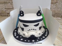 Trendy cake decorating for men star wars ideas - Creative Cake Decorating Ideen Birthday Cakes For Men, Star Wars Birthday Cake, Star Wars Cake, Man Birthday, Birthday Cupcakes, Husband Birthday, Birthday Ideas, Birthday Crafts, Birthday Decorations