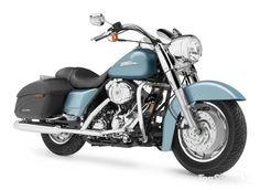 Harley Davidson FLHRS Road King Custom3