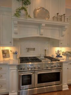 Kitchen Decor I love this stove! I like a more rustic type cabinetry, but this oven/stove is awesome!I love this stove! I like a more rustic type cabinetry, but this oven/stove is awesome! Kitchen Hoods, Kitchen Stove, Kitchen Cabinetry, Kitchen Redo, New Kitchen, Kitchen Remodel, Kitchen Dining, Kitchen Appliances, Kitchen Ideas