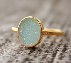 Love the jewelry on this etsy shop