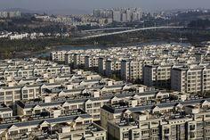 Chenggong, China. Empty Cities.