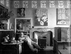 henri matisse in his studio ,south of france ,1948