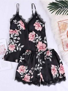 Shop Flower Print Lace Trim Cami Pajama Set at ROMWE, discover more fashion styles online. Lingerie Set, Women Lingerie, Pijamas Women, Iranian Women Fashion, Pajama Outfits, Cute Pajamas, Shops, Young Models, Sensual
