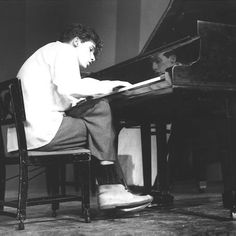 Glenn Gould, please stop being my inspiration for everything.