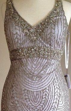 SUE WONG Art Deco Platinum Beaded Embellished Bridal Cocktail Evening Dress 8