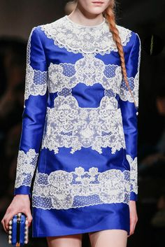 Valentino Fall 2013 Ready-to-Wear Collection Photos - Vogue#48