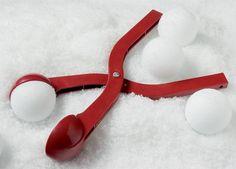 Pourquoi c'est top ? Vous pourrez vous servir de vos mains après. Ca rend la bataille un chouilla plus esthétique. L'été, ça peut servir à faire des boules de glace vanille géantes.