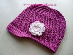 Háčkovaná bekovka se šiltem. :: . Crochet Baby Hats, Knit Crochet, Girl With Hat, Diy And Crafts, Projects To Try, Beanie, Knitting, Pattern, Handmade