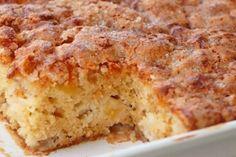 breakfast or dessert? Food Cakes, Apple Desserts, Easy Desserts, Desserts Fruits, Brookies Recipe, Apple Crisp Recipes, Best Oatmeal, Protein Foods, Vegan Recipes Easy