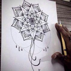 Mandala ainda disponível pra 2016! #draw #desenho #ink #inked #mandala #tattoo #tatuagem #tatuagemfeminina #girltattoo #tattoo2me #fineline #blackwork