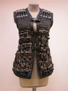 A piece of Vivian's many train robbing outfits. Apocalypse Costume, Apocalypse Gear, Post Apocalyptic Costume, Post Apocalyptic Fashion, Larp, Dystopia Rising, Costume Design, Costumes, Costume Ideas