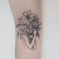 34 Ideas For Tattoo Frauen Oberarm Gesicht Tattoo Girls, Girl Tattoos, Tattoos For Women, Tatoos, Neue Tattoos, Body Art Tattoos, Small Tattoos, Sleeve Tattoos, Bad Tattoo