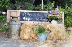 Welcome guests to a country chic wedding with a touch of country chic! Wedding With Kids, Young Wedding, Farm Wedding, Our Wedding Day, Chic Wedding, Dream Wedding, Rustic Wedding, Small Wedding Receptions, Wedding Venues