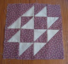 laugh yourself into Stitches*: Triple Triangles   this is the best thing I have seen....I hate sewing those little half triangle pieces...YEAH!!!!