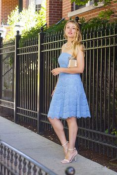Strapless light blue lace dress and pearl details for a summer wedding.