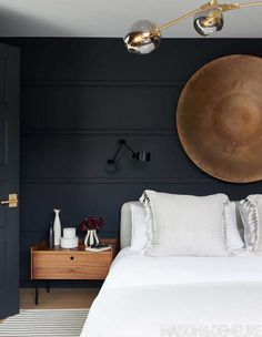 For an instant cocooning effect, adorn walls with a deep, inky shade, like Farrow & Ball's Railings. Bedroom Black, Small Room Bedroom, Cozy Bedroom, Bedroom Decor, Black Rooms, Decor Room, Country Bedroom Design, French Country Bedrooms, Farrow And Ball Bedroom