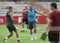 Calum Chambers of Arsenal during Arsenal Training Session at Singapore American School on July 2018 in Singapore. Arsenal Players, Arsenal Fc, Calum Chambers, July 24, Singapore, Soccer, Training, Seasons, Stock Photos