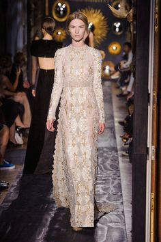 Wedding Dresses for the Winter Bride - Wedding Dresses for a Winter - Elle