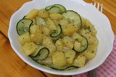 Bayrischer Kartoffelsalat mit Gurke