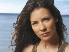 The 'no make-up' Evangeline Lilly make-up tutorial by MUA Samantha Chapman (Pixiwoo)
