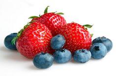 aardbeien en blauwe bessen laag in fodmaps