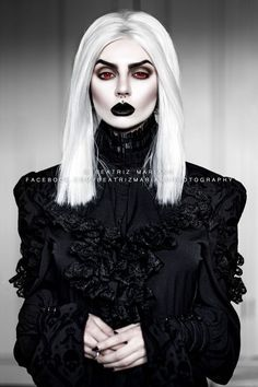 Model & photo: Beatriz Mariano Photography Welcome to Gothic and Amazing  www.gothicandamazing.com