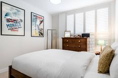 Modern, clean, comfortable 2 bedrooms flat, within easy distance of Oxford Circus, Marylebone High Street and Regents Park.  The plus : a wonderful south facing terrace...