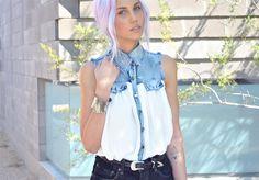 this shirt is everything! via Amanda Shoemaker - Oneofeachblog.com